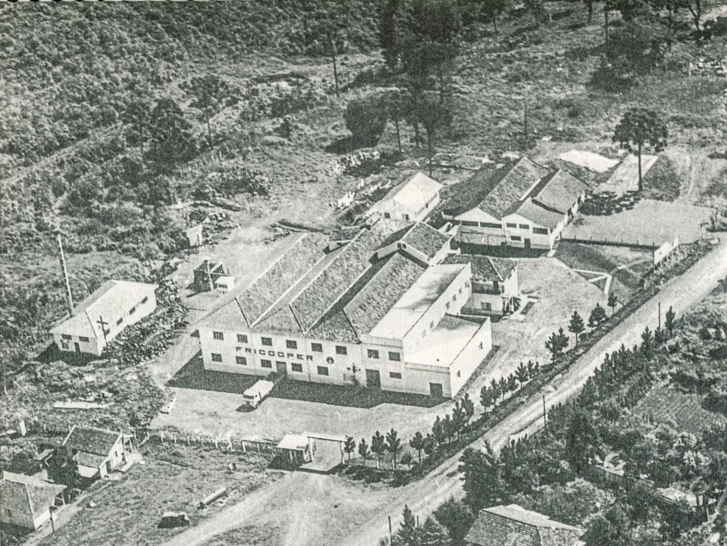 Fundação da Cooperativa Central Aurora